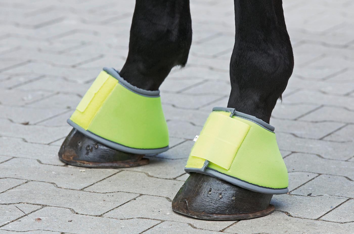 Sicherheit durch Sichtbarkeit beim Pferd